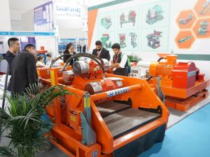 We introduced shale shaker to clients, drilling fluids shale shaker, shaker screen